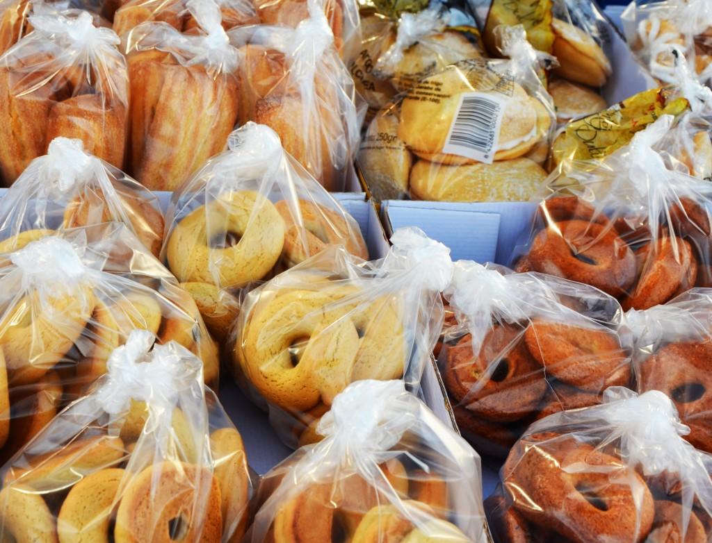 Rollos caseros. Mercado de pan y bollería en Alicante